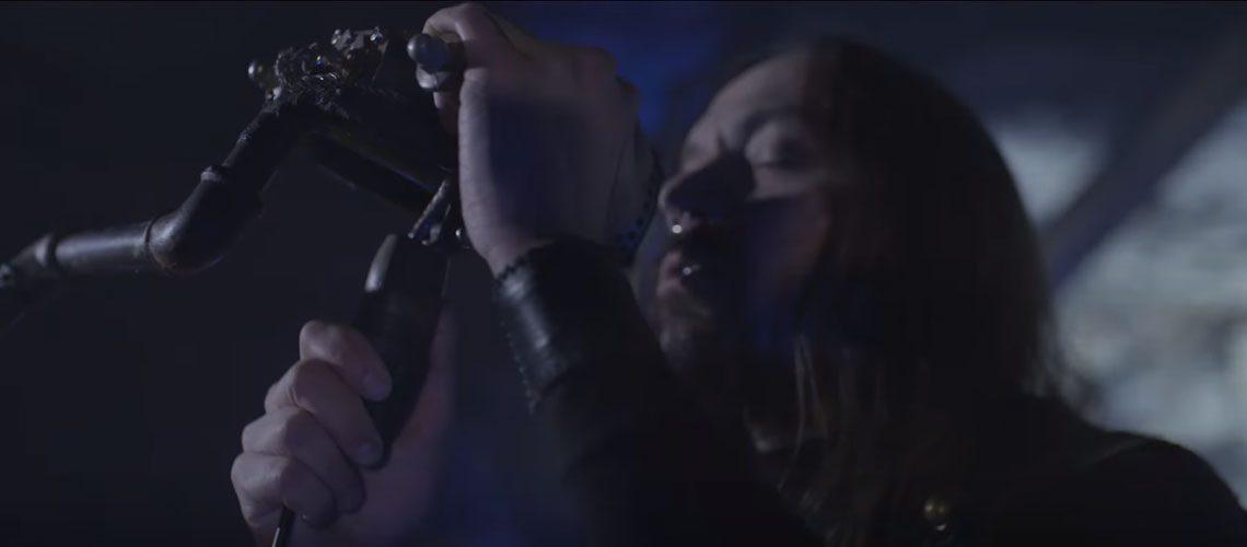 "Amorphis estrena video para la canción ""Wrong Direction"""