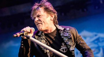 Cinco canciones indispensables de Bruce Dickinson